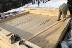 The-floor-with-tongue-and-groove-decking-installed.