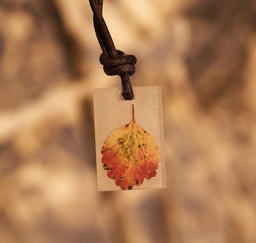 Hannah Gerrish Rectangle pendant opaque
