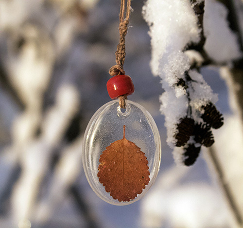Hannah Gerrish large oval pendant