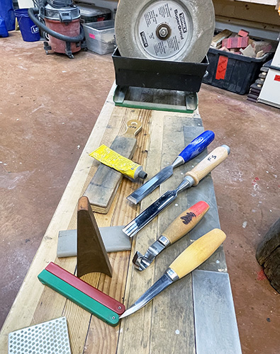 Sharpening Carving Tools